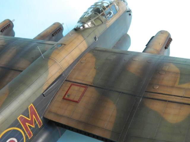 AVRO LANCASTER  Mk.III. Tamiya 1/48° - Page 13 5cemh0