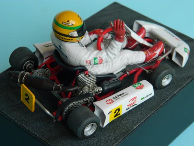 Kart  A. SENNA Bercy 93. Fujimi 1/20ème. fini . - Page 2 Tbejyl