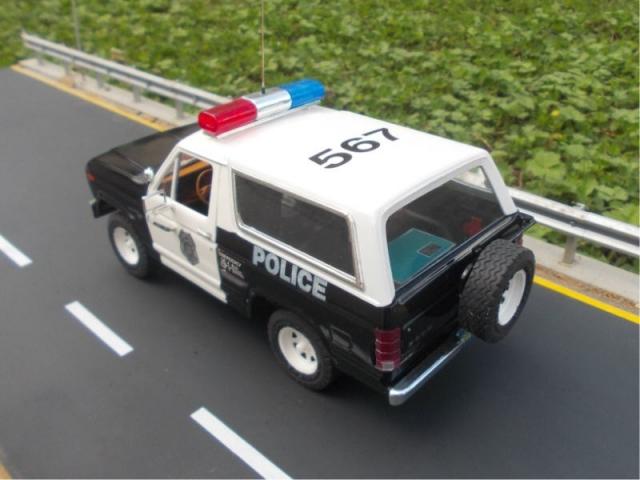 Ford Bronco police Rrhfws