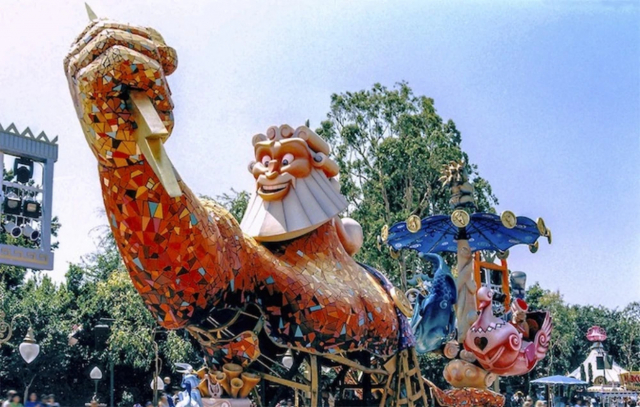 Anciennes Parades des Resorts Américains 9j7tjs